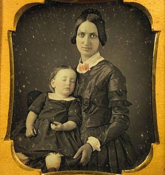 Memento Mori – The Melancholy Art of Victorian Postmortem Photography