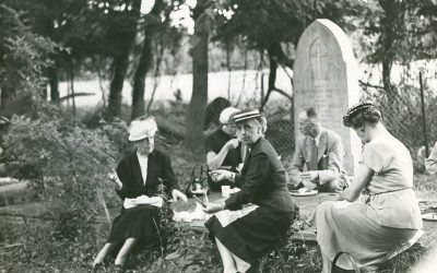 Tea Time with the Dead: The Victorian Tradition of Cemetery Picnics